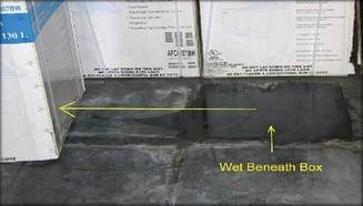 Exposed-Concrete-Slab-Box-Condensation